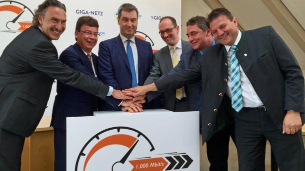 Breitbandausbau: Glasfaser mit 1 Gbit/s auf dem Land