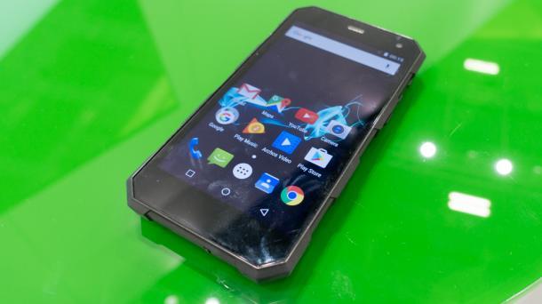 Outdoor-Smartphone für 230 Euro: Archos zeigt 50 Saphir