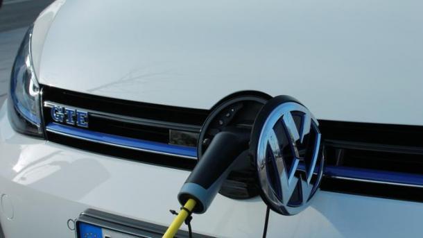 VW-Betriebsrat und -Konzernchef: E-Kaufprämie nur erster Schritt