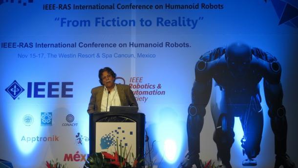 Humanoids 2016: Kommen Roboter ohne Gehirn besser zurecht?