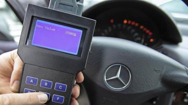 Initiative aus Niedersachsen: Car-Pass gegen Tachoschwindel