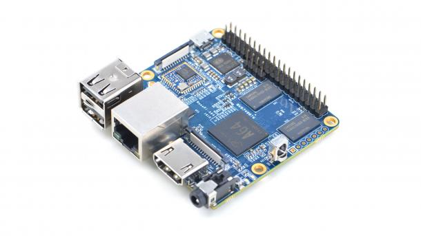 Ein blaues Board, der Friendly ARM Nano Pi A64