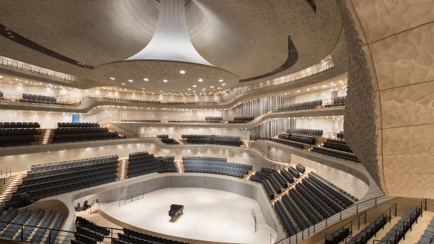 Eröffnungskonzert der Elbphilharmonie live als 360-Grad-Video auf Youtube