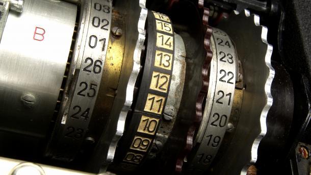 Enigma-Code knacken: 2. Cipher Event im Heinz Nixdorf Museumsforum und auf 7036 kHz