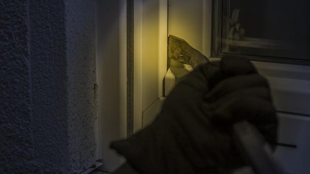 Bundesregierung will mit Vorratsdaten und Funkzellenabfrage Einbrecher jagen