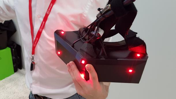 StarVR mit 5K-Display ausprobiert: Tolles (Stand-)Bild, unangenehmes Tragegefühl