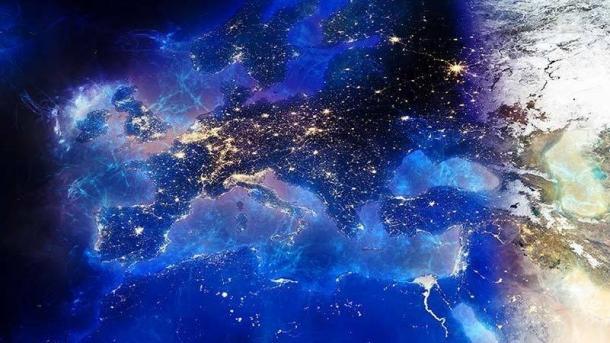 """EU-Kommission: Hass und Hetze sollen """"schnellstmöglich"""" aus dem Netz"""