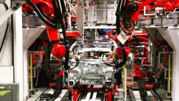 Tesla dementiert Bericht über manuelle Fertigung am Model 3