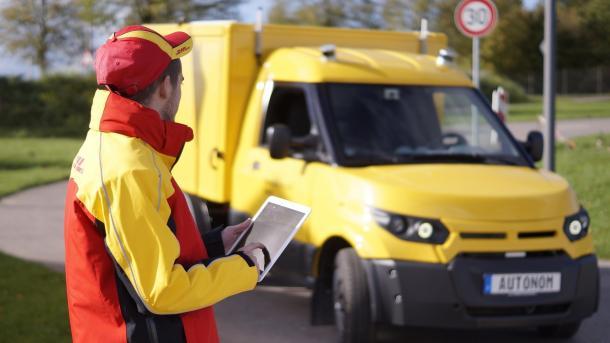 automom fahrender StreetScooter von Deutsche Post DHL, ZF und Nvidia