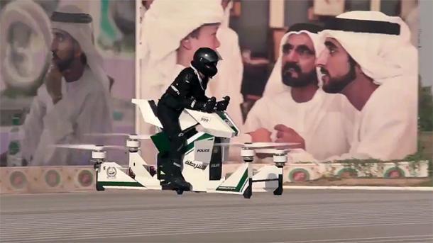 Polizei von Dubai testet Hoverbike