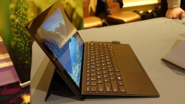 Lenovo Miix 630: Windows-Tablet mit LTE, Tastatur, Stift und ARM-Prozessor