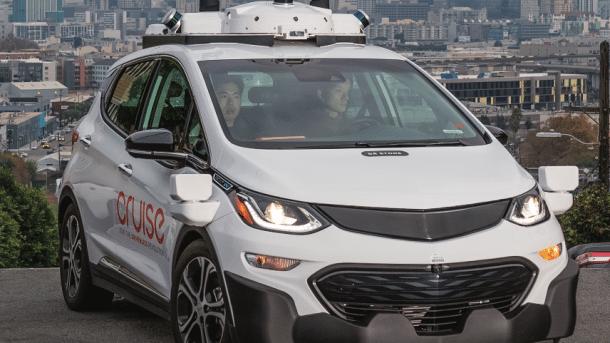 Motorradfahrer verklagt General Motors wegen Unfalls mit autonomem Auto
