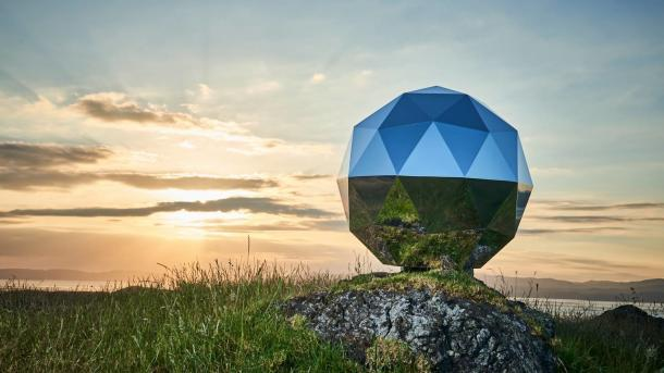 "Kritik an ""Discokugel im All"": Rocket Lab verteidigt Humanity Star"