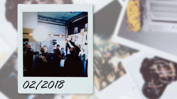 Kommentar: Der farbige Wackeldackel und Fotos im Fabriktheater – der Fotografie-Monatsrückblick