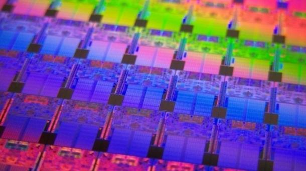 Intel: Prozessoren mit vollem Spectre-Hardwareschutz noch 2018
