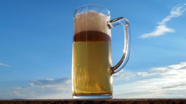 Gentechnik macht's möglich: Bier ohne Hopfen gebraut