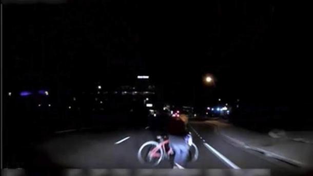 Tödlicher Unfall mit Roboter-Auto: Uber vergleicht sich mit Hinterbliebenen