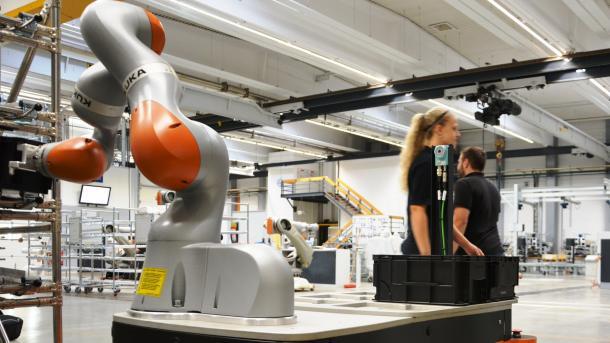 Studie: Mehr Jobs durch Roboter und Digitalisierung