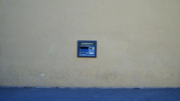 Der Geldautomat im Niedergang