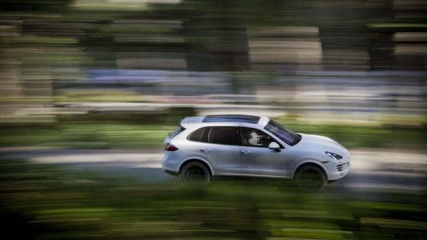 Abgas-Skandal: Staatsanwälte durchsuchen Porsche – Betrugsverdacht gegen Vorstand