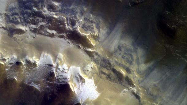 ExoMars: Marssonde schickt Bilder von Eis des Roten Planeten zur Erde