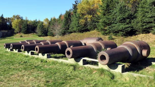 7 Kanonenrohre