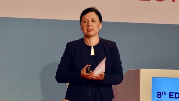 """DSGVO: EU-Justizkommissarin will """"die Panik verringern"""""""