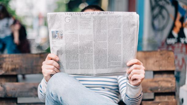 Viele Europäer finden Nachrichten in sozialen Netzen und lieben ihre Öffentlich-Rechtlichen