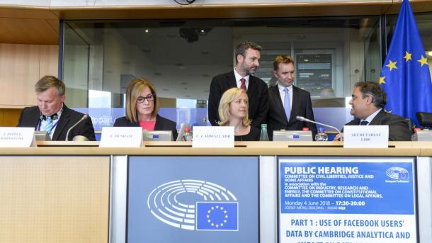 EU-Facebook-Anhörung: Mikrotargeting gerät ins Kreuzfeuer der Kritik