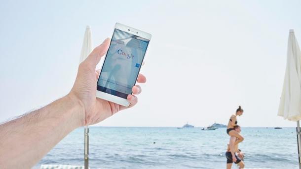 Telefonieren und surfen im Urlaub: Ein Jahr nach dem Aus für Roaming-Gebühren
