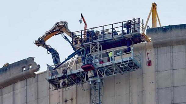 AKW Mülheim-Kärlich: Abriss des Kühlturms stockt