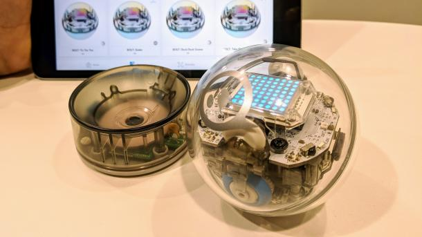 Sphero Bolt im Hands-on: Der Kugelroboter mit Display