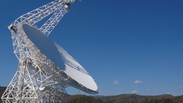 Rätselhafte Radioblitze: KI findet 72 Fast Radio Bursts
