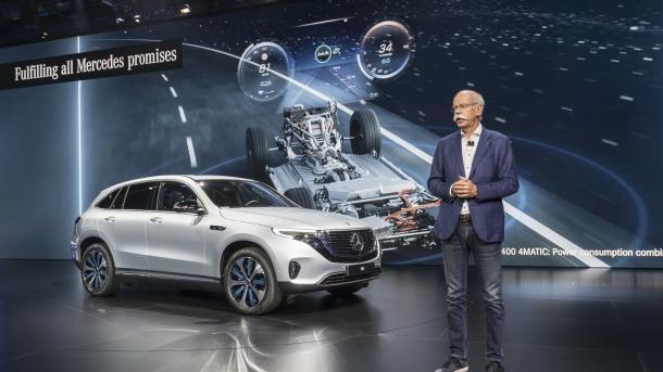 Pariser Automobilsalon: Hersteller wollen Elektrofahrzeuge aus der Nische holen