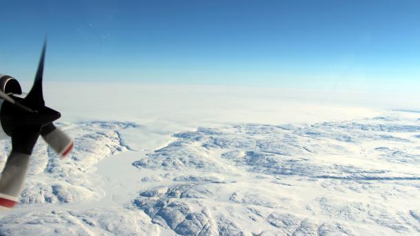 Neuer Krater entdeckt: Riesiger Meteorit traf vor nicht allzulanger Zeit Grönland