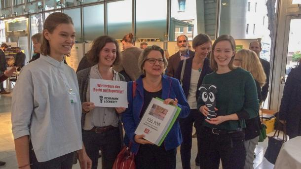 Recht auf Reparatur: Petition mit 108.000 Unterschriften übergeben