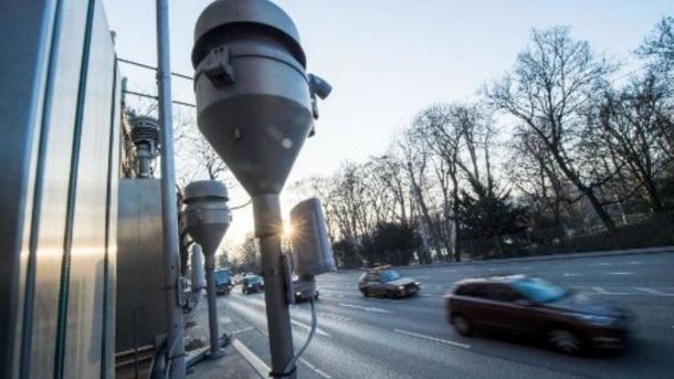 """Schleppendes """"Sofortprogramm saubere Luft"""" – Städte wollen mehr Geld"""