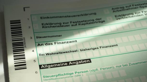 Computer als Steuerfahnder – Hessen setzt künstliche Intelligenz ein