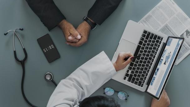 Elektronische Patientenakte: Kassenärzte fordern Manipulationsschutz