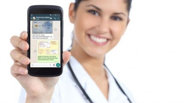 Krankschreibung per WhatsApp stößt auf Kritik