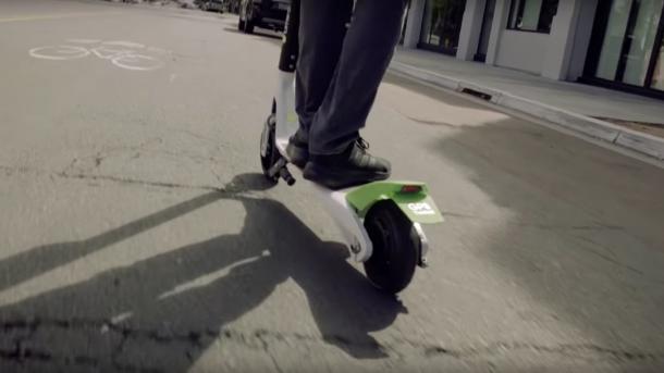 Sturzgefahr: Lime stoppt E-Roller-Verleih in der Schweiz