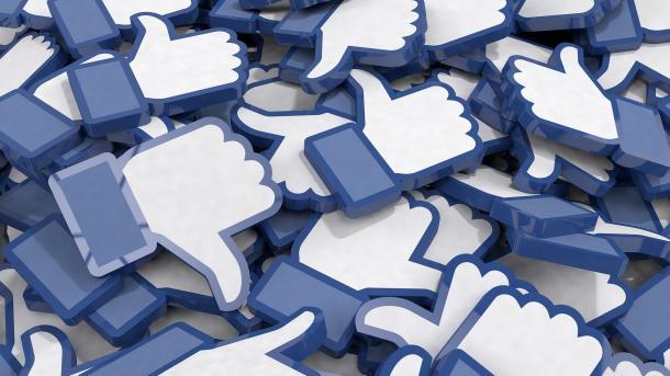 """EU-Kommission fordert von Facebook & Co mehr Einsatz gegen """"Fake News"""""""