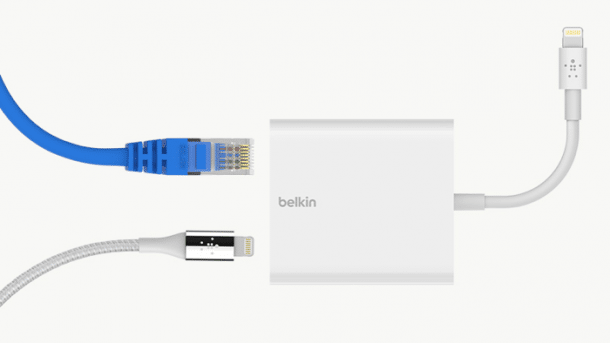 iPhone und iPad: Ethernet und Strom per Dongle