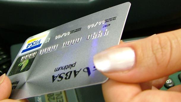 Studie: Bezahlen mit Bargeld geht schneller als mit der Karte