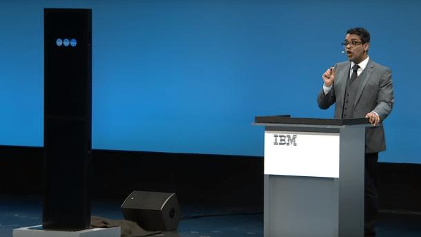 Maschine gegen Mensch: IBM AI verliert gegen menschlichen Debattierchampion