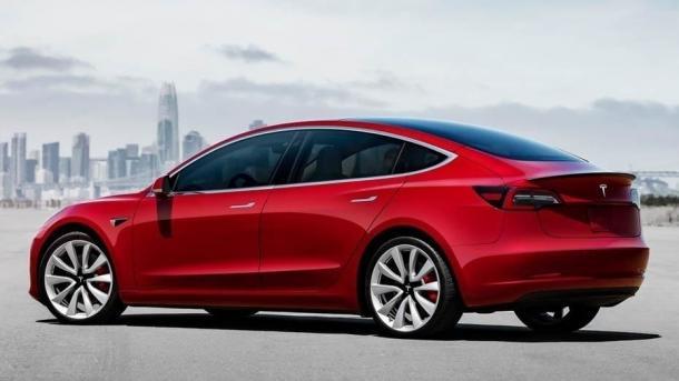 Elektroauto: US-Behörden untersuchen tödlichen Unfall mit Tesla Model 3