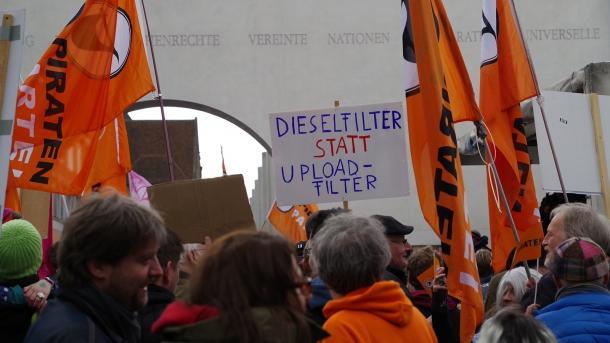 Save The Internet: Demonstrationen für ein freies Netz in Nürnberg und Bremen