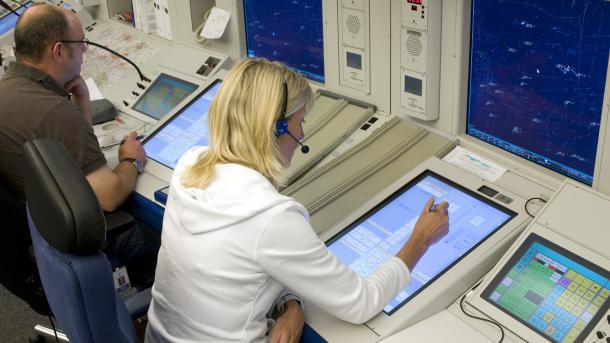 Software-Panne in der Flugsicherung: Lufthansa streicht Flüge