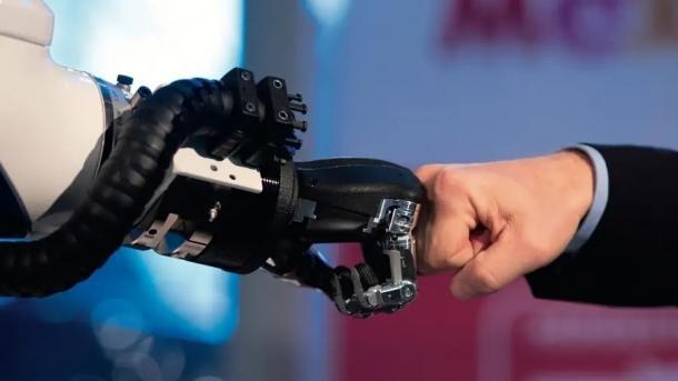 Bitkom-Studie: Digitalisierung bei deutschen Unternehmen mit Licht und Schatten