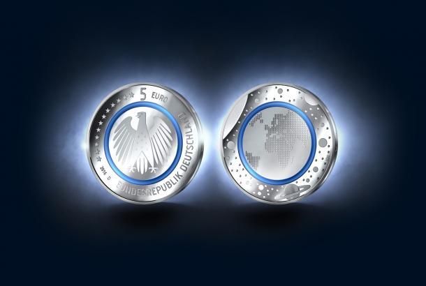 5 Euro Münze Mit Blauem Polymerring Erhältlich Heise Online
